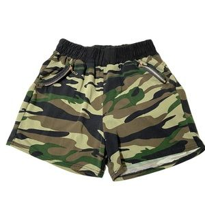 Shorts Camo Green Stretch One Size On Tag Fits S-M